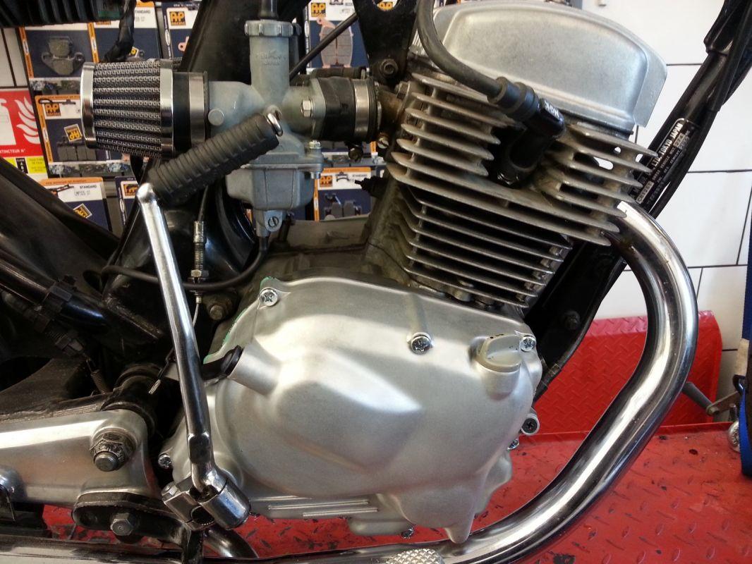 Revision Et Modification Honda Cb Twin 125 De 1980 Atelier De Reparation Et Restauration De Motos A Toulon L Atelier Du 2 Roues